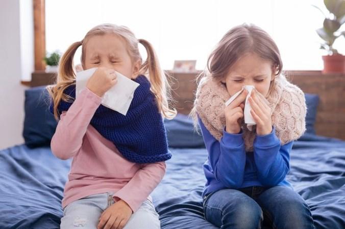 Kinderen over coronaperiode: 'Corona, we haten je, je bent een ziekte die stilletjes bij iedereen naar binnen wil sluipen'