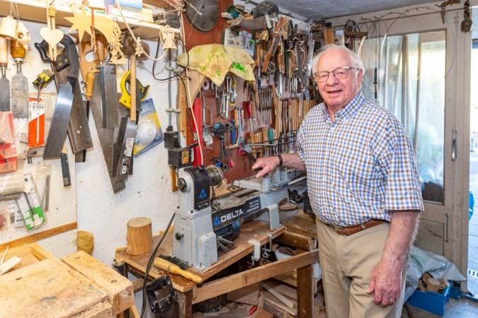 De houtdraaier van Schinnen weet maar niet van ophouden