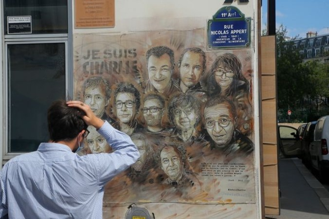 Overlevende Charlie Hebdo: 'Dode lichamen lagen over elkaar heen'