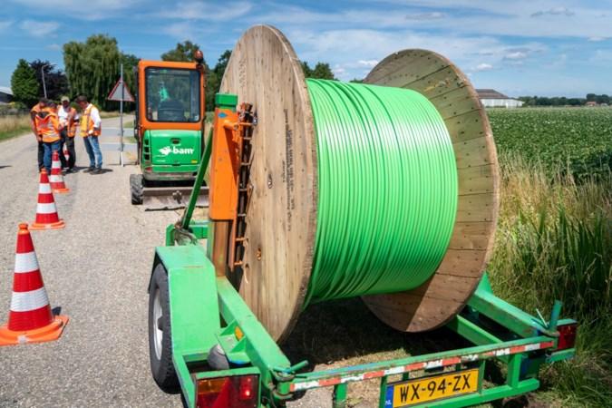 Heuvelland zet vaart achter aanleg glasvezel in gehuchten in buitengebied