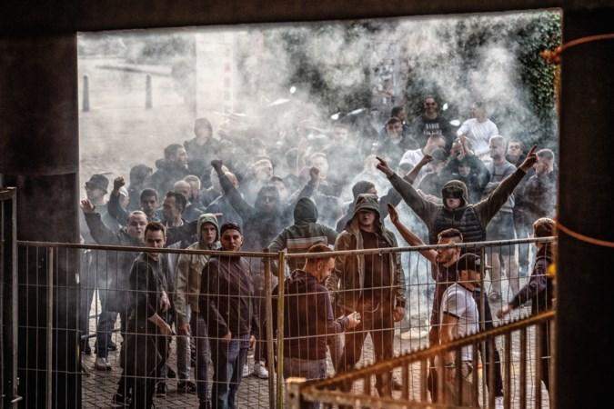 Foto van de week: MVV-supporters uiten hun ongenoegen over nederlaag tegen Cambuur