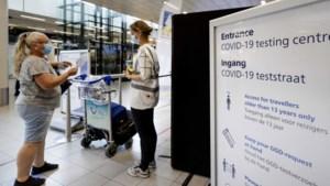 Teststraat Schiphol dicht vanwege schaarste testcapaciteit