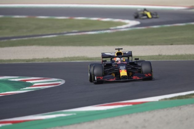 Verstappen derde in tweede training, botsing Pérez en Kimi wordt onderzocht
