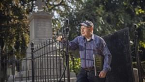 Meer dan honderd grafkelders op Heerlense begraafplaats geven hun geheimen niet zomaar prijs