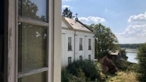 Geen luxe woningen, maar zorgappartementen in vervallen monumentale Villa Moubis Steyl