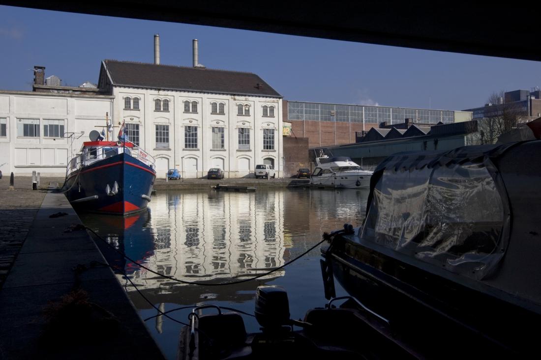 Maastrichtse Bassinbrug wordt mogelijk verlost van autoverke... - De Limburger