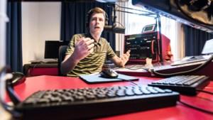 Zestienjarige Lucas uit Roermond heeft zijn eigen radioshow