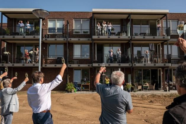 Seniorencomplex aan 't Veldje in Eijsden vanaf balkonnetjes officieel geopend
