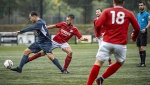 Clubs Derde Klasse A weer in actie, maar koploper stilgelegd voetbalseizoen is er niet bij