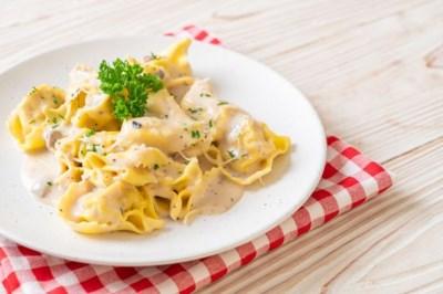 Verse pasta uit de supermarkt is lang zo slecht niet: 'Verrassend goed, petje af!'
