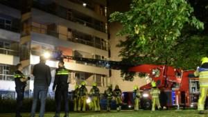 Op bed gevallen schemerlampje zorgde voor brand in Heerlens seniorencomplex Douvenrade