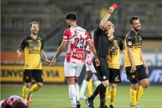 Erik Falkenburg beleeft nog niet veel plezier in Roda-shirt