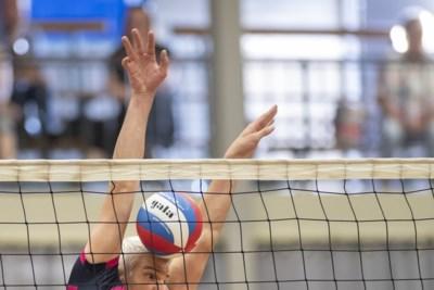 Debuut volleyballers Limac in eerste divisie gaat in eigen huis de mist in