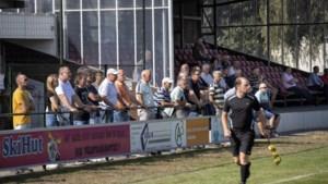 In Panningen was het te druk op het sportpark: 'Enkelen hebben de oren in de zak'