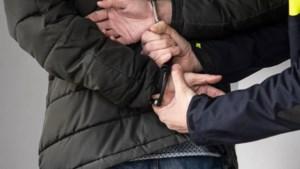 Man (44) aangehouden voor diefstal handtas in Kerkrade