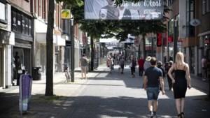 Codes ontcijferen tijdens de Kids Speurtocht in het centrum van Heerlen