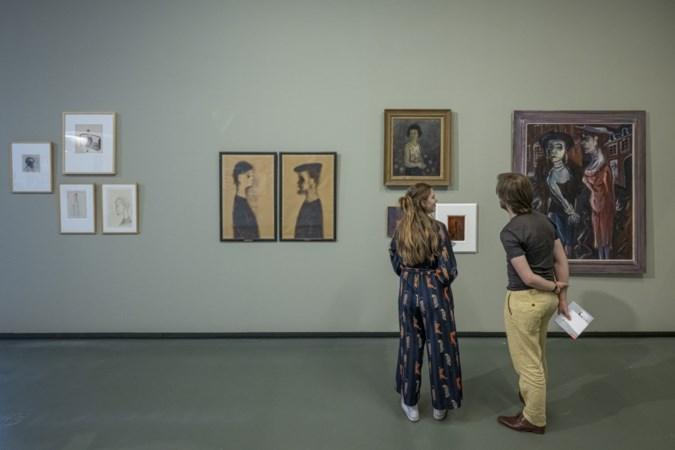 Documentaire van Zorba Huisman over haar opa, kunstenaar Aad de Haas, is een ontroerend portret van een beroemde vader die een driftkikker kon zijn