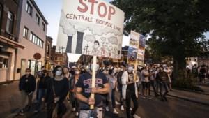 Walen en Limburgers gezamenlijk in actie: protest tegen biomassacentrale Lixhe zwelt aan