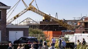 Kleuter (4) ontsnapt aan omvallende bouwkraan: 'Mijn zoontje had dood kunnen zijn'