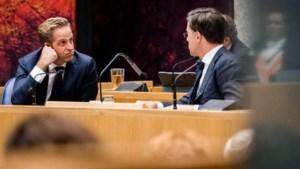 Oppositie bikkelhard over corona-aanpak kabinet: 'Chaos en smerige spelletjes'