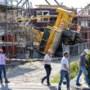 'Bouwkraan in Heel viel om door grondverzakking'