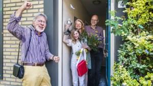 Kinderboekenschrijver Jacques Vriens: 'Als ze zelf lezen kan ik ze wel knuffelen'