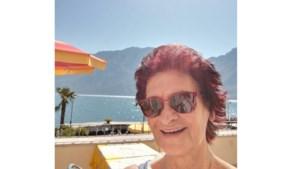 'Clubmoeder' Jenny Geven krijgt vakantieweek aangeboden van ADC-speelsters