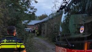 Brand in woning, bewoners waarschuwen hulpdiensten