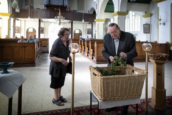 Omhoog gestraald: met Maastrichtse pastor Bert Knubben (81) verliest Kerkrade-West een markante, sociale en bourgondische herder