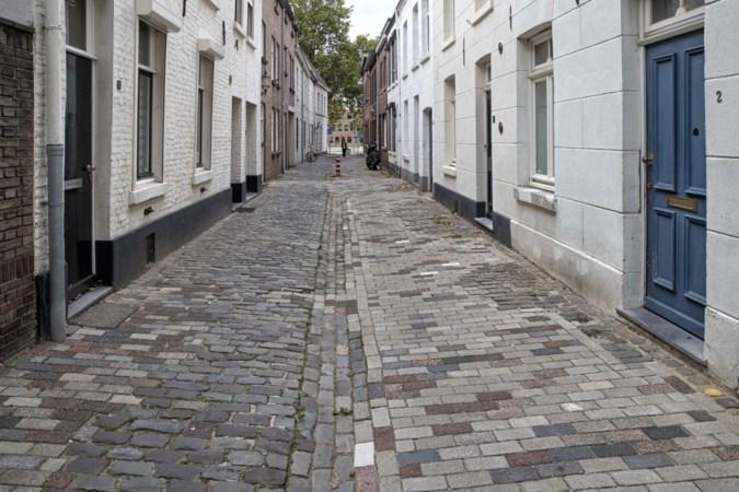 Facelift van oude Roermondse straatjes: 'Och jee, het is meer een promenade dan een gats geworden'