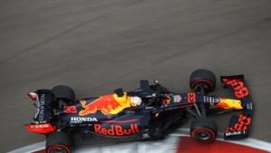Pole voor Hamilton in Rusland, Verstappen stunt met tweede plaats<B></B>