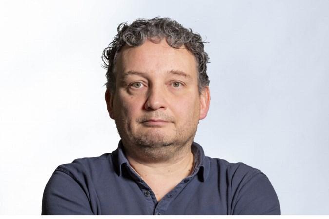 Column: 'Zolang er voetbalfans zijn die Willem Engel serieuzer nemen dan Jaap van Dissel, is het een utopie dat ze zich houden aan coronaregels'