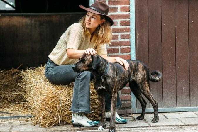 Undercover-actrice Sanne Hanssen uit Kessel-Eik: 'Aan mijn moeder heb ik twee keer mijn leven te danken'