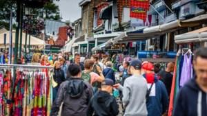 Waarom doet Nederland zo moeilijk over mondkapjes? Viroloog Osterhaus 'snapt het echt niet'