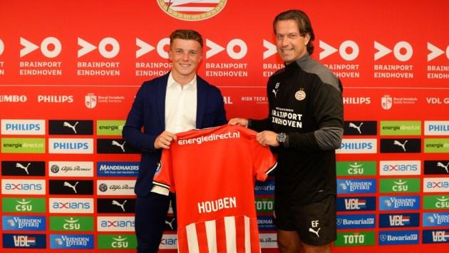PSV legt Limburgse jeugdinternational Iggy Houben (15) vast