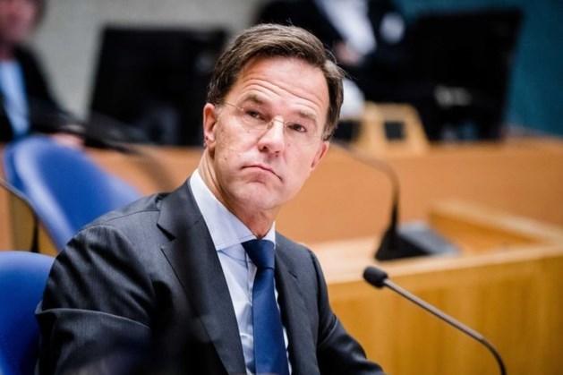 Premier Rutte geeft 'dringend advies': per direct mondkapjes in publieke ruimte