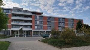 'Westhoek' Amstenrade gaat op de schop: hoogbouw maakt plaats voor nieuwe woningen en school