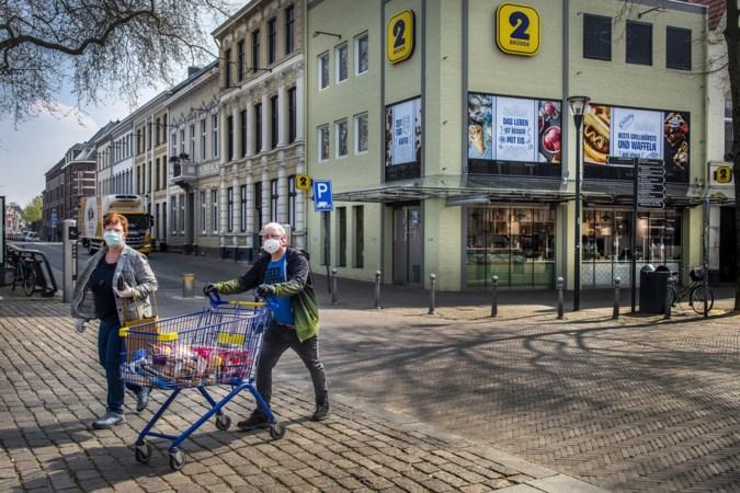 Burgemeester Venlo vraagt Duitsers weg te blijven: 'Vier geen dagje uit in onze stad'