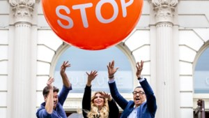 'Stoptober' begint: tabak in neutrale pakjes, stations rookvrij