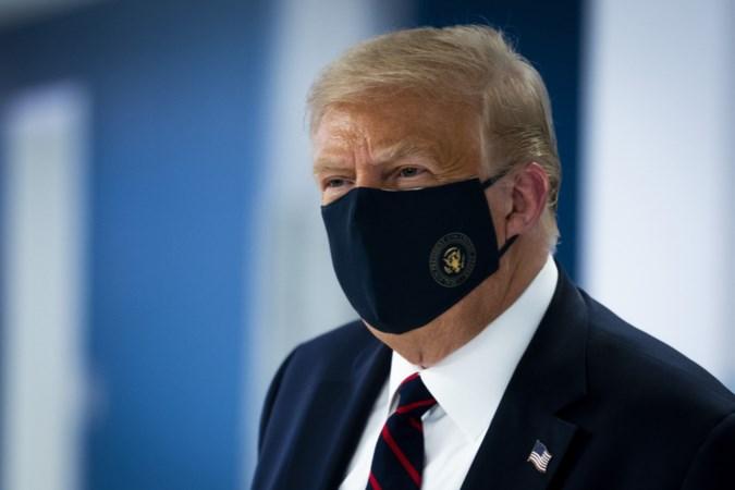 Trump en het coronavirus: van 'een griepje' naar 'it's bad, it's bad'