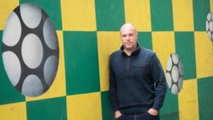 Kristof Aelbrecht met Fortuna tegen oude PSV-pupillen: 'Ik heb Mo op de bank gezet, had hij nog nooit meegemaakt'