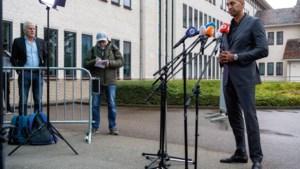 Foto van de week: Brechs advocaat Gerald Roethof heeft zijn moment van aandacht