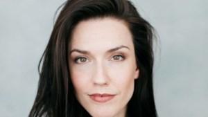 Renée van Wegberg laat in haar nieuwe show het publiek meedeinen