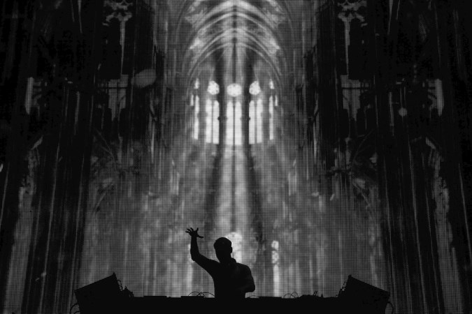 Rutger Geerling is huisfotograaf van superster-dj's en festivals als Tomorrowland