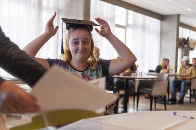 Nieuwe vakopleiding voor de horeca in Valkenburg levert eerste geslaagden af