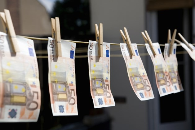 Vrouw (60) uit Echt-Susteren opgepakt bij internationale actie tegen witwassen drugsgeld