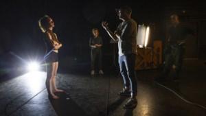 Theatervoorstellingen om zorgpersoneel op adem te laten komen