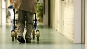 Meer dan kwart bewoners verpleeghuis Blerick besmet met coronavirus; instelling deels dicht voor bezoek