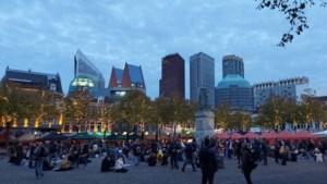 Politie maakt einde aan coronademonstratie Den Haag, honderden demonstranten weggestuurd
