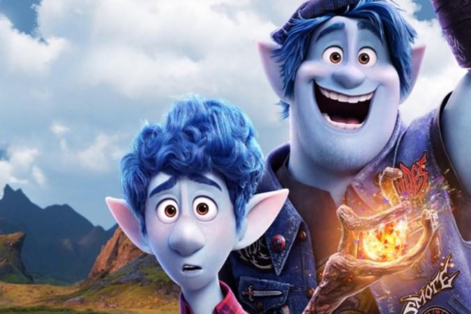 Filmrecensie 'Onward': Pixar flikt het weer, humor met een traan tijdens roadtrip met de benen van vader